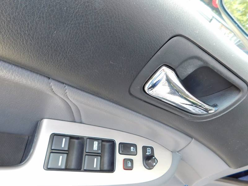 2005 Honda Accord EX V-6 4dr Sedan - Waukesha WI