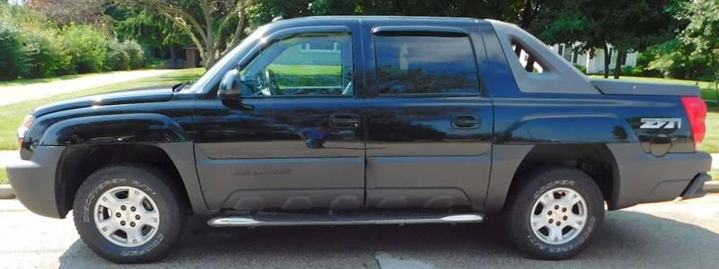 2004 Chevrolet Avalanche 4dr 1500 4WD Crew Cab SB - Waukesha WI