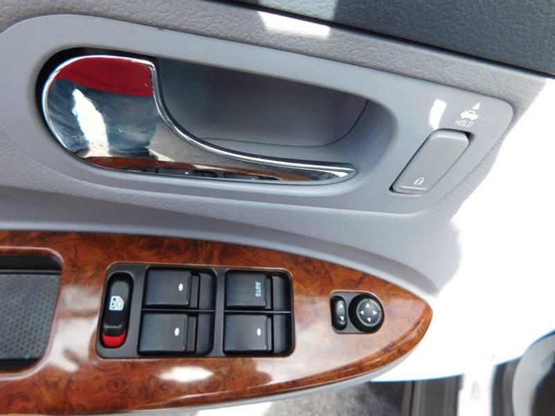 2005 Buick LaCrosse CX 4dr Sedan - Waukesha WI