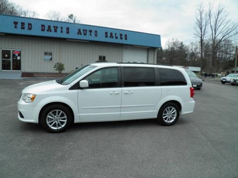 2014 Dodge Grand Caravan for sale at Ted Davis Auto Sales in Riverton WV