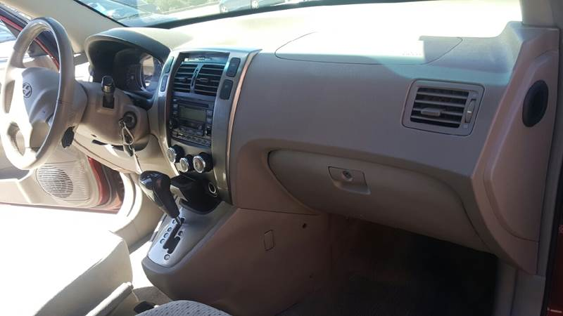2005 Hyundai Tucson for sale at ST GEORGE AUTO GALLERY in St George UT