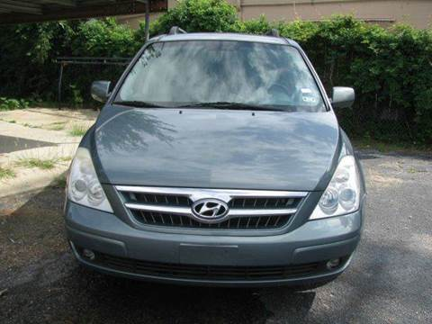 2008 Hyundai Entourage for sale at MOTOR CAR FINANCE in Houston TX