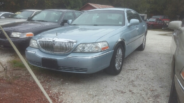 2009 Lincoln Town Car Signature Limited In Slidell La Clayton