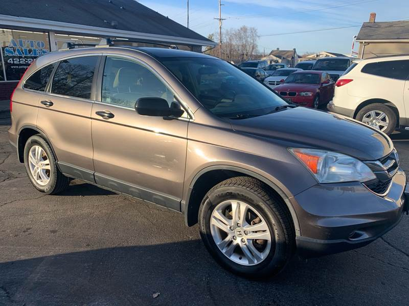 2010 Honda CR-V for sale at PETE'S AUTO SALES - Middletown in Middletown OH