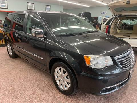 2012 Chrysler Town and Country for sale at PETE'S AUTO SALES - Middletown in Middletown OH