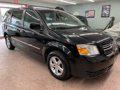 2010 Dodge Grand Caravan for sale at PETE'S AUTO SALES - Middletown in Middletown OH