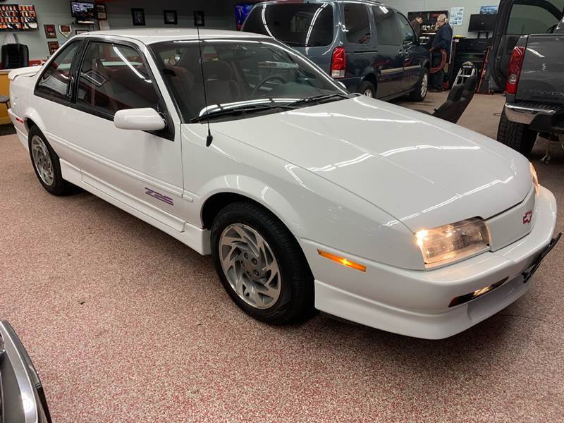 1995 Chevrolet Beretta for sale at PETE'S AUTO SALES - Middletown in Middletown OH
