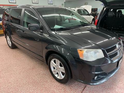 2011 Dodge Grand Caravan for sale at PETE'S AUTO SALES - Middletown in Middletown OH