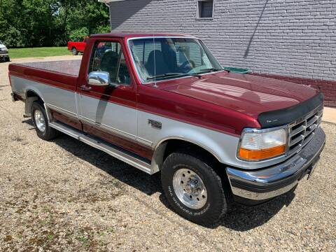 1996 Ford F-150 for sale at PETE'S AUTO SALES - Middletown in Middletown OH