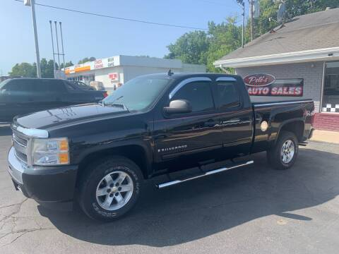 2009 Chevrolet Silverado 1500 for sale at PETE'S AUTO SALES - Middletown in Middletown OH