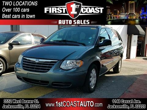 2006 Chrysler Town and Country for sale at 1st Coast Auto -Cassat Avenue in Jacksonville FL