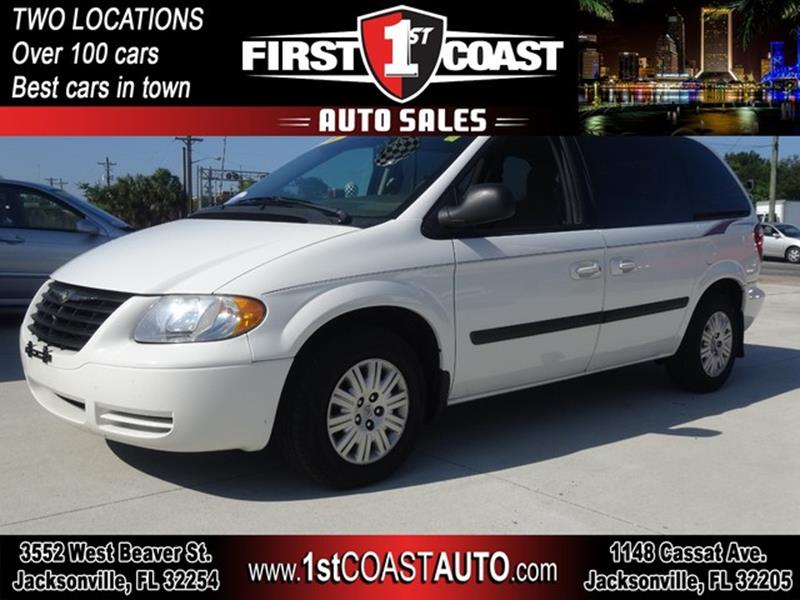 2007 Chrysler Town and Country for sale at 1st Coast Auto -Cassat Avenue in Jacksonville FL