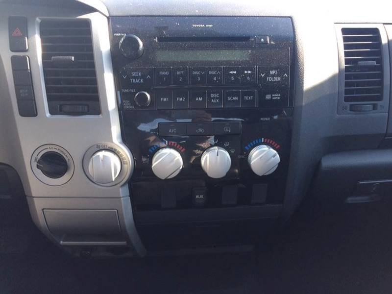 2008 Toyota Tundra 4x4 SR5 4dr Double Cab SB (4.7L V8) - Ludlow MA