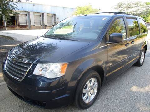 2008 Chrysler Town and Country for sale in Hasbrouck Heights, NJ