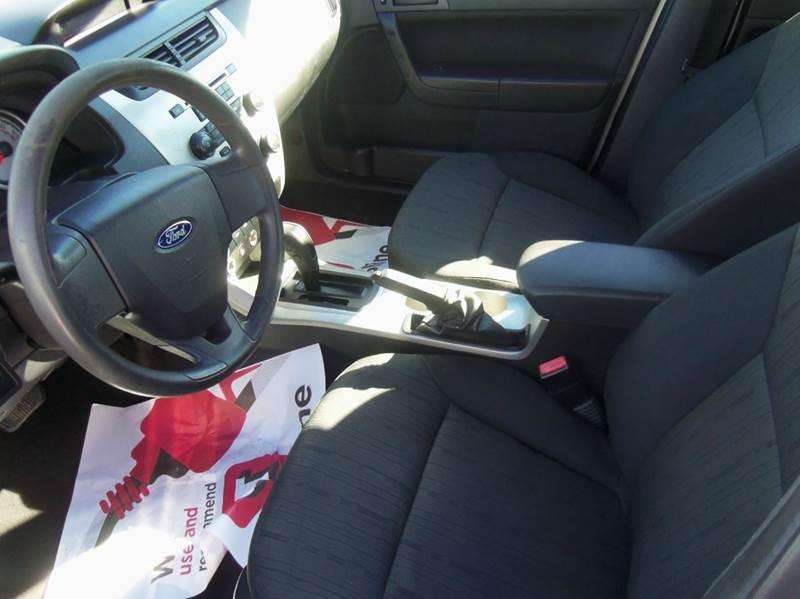 2010 Ford Focus SE 4dr Sedan - Liberty MO