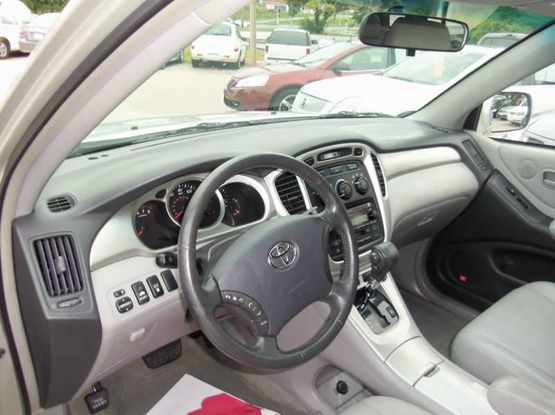 2005 Toyota Highlander AWD 4dr SUV V6 w/3rd Row - Liberty MO
