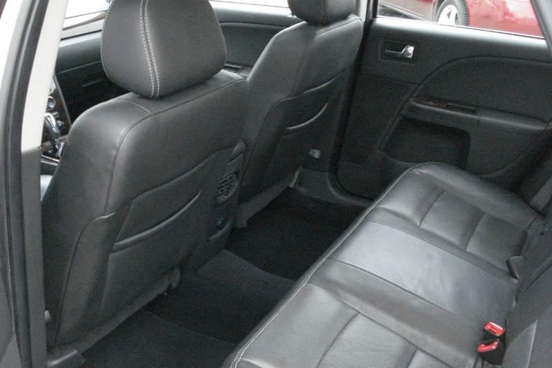 2008 Ford Taurus Limited 4dr Sedan - Liberty MO