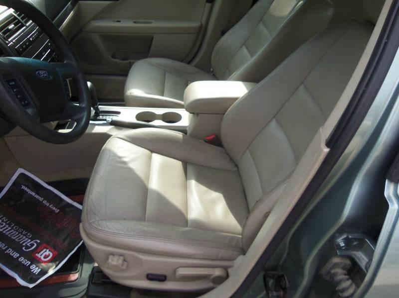 2006 Ford Fusion V6 SE 4dr Sedan - Liberty MO