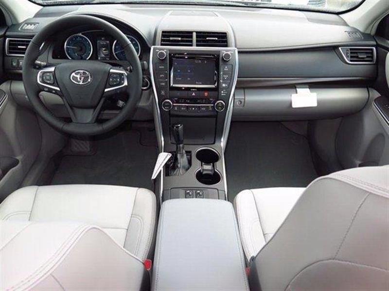 2017 Toyota Camry XLE 4dr Sedan - Brooklyn NY