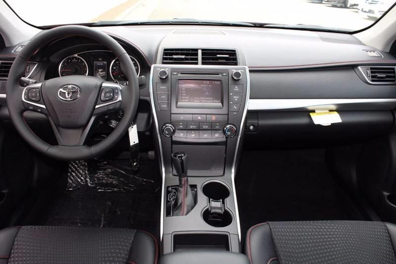 2017 Toyota Camry SE 4dr Sedan - Brooklyn NY