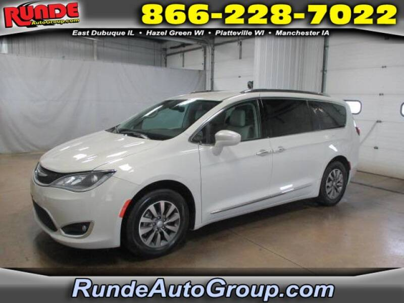 2019 Chrysler Pacifica for sale at Runde Chevrolet in East Dubuque IL