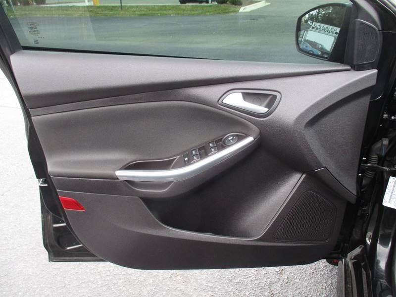 2014 Ford Focus ST 4dr Hatchback - Arlington Heights IL
