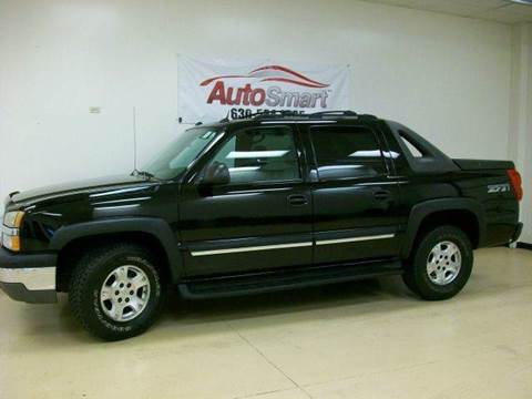 2004 Chevrolet Avalanche for sale at AutoSmart in Oswego IL