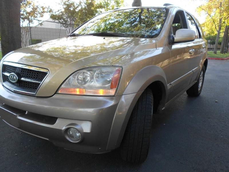 2003 Kia Sorento for sale at Moto Auto Sale in Sacramento CA