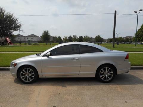 2007 Volvo C70 for sale at Discount Auto Mart LLC in Houston TX