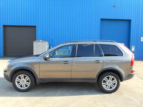 2009 Volvo XC90 for sale at Discount Auto Mart LLC in Houston TX
