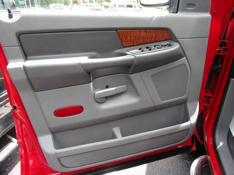 2006 Dodge Ram Pickup 1500 Laramie 4dr Quad Cab 4WD SB - Toms River NJ