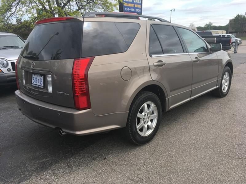 2007 Cadillac SRX for sale at Paramount Motors in Taylor MI