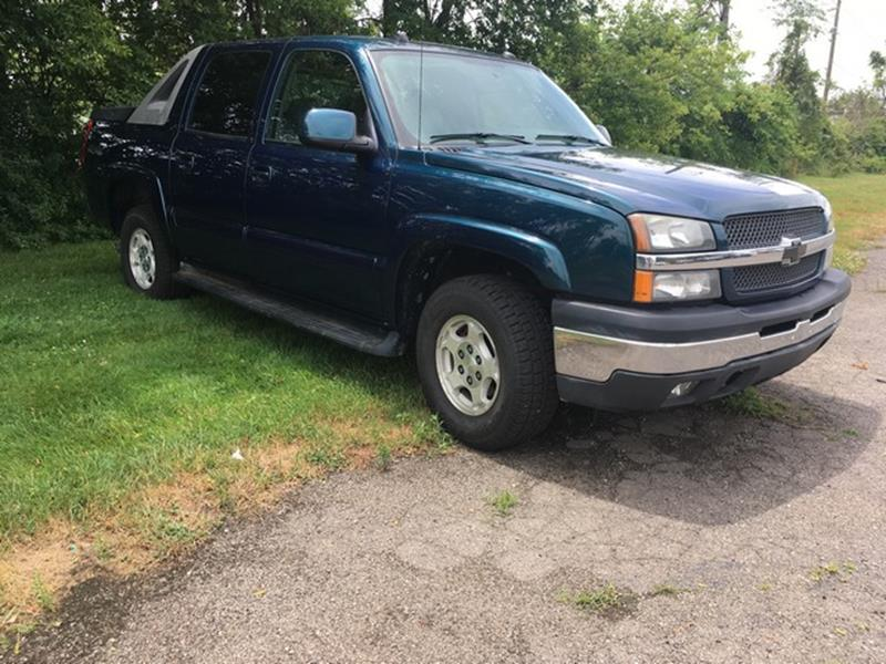 2005 CHEVROLET AVALANCHE LT blue v8 4x4 cloth interior moon roof clean air conditioning 4 w