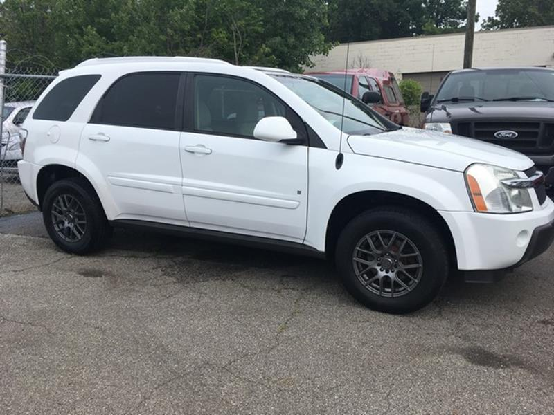 2006 Chevrolet Equinox for sale at Paramount Motors in Taylor MI