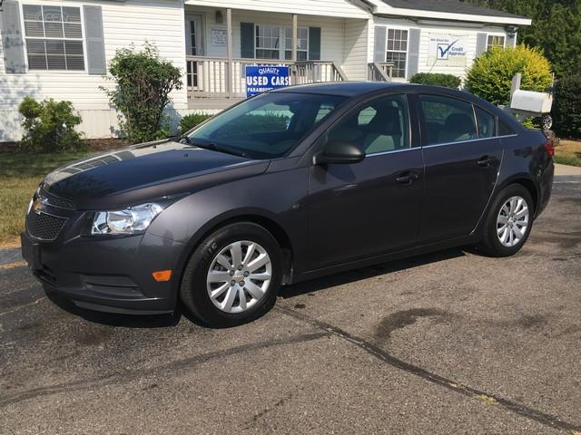 2011 CHEVROLET CRUZE LS 4DR SEDAN gray power options automatic cloth interior cd clean condit