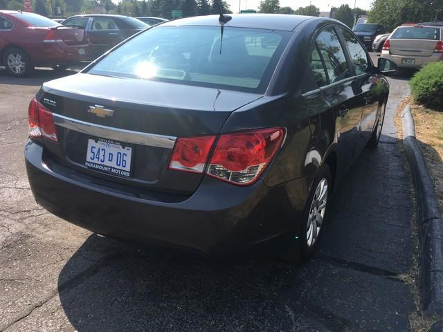 2011 Chevrolet Cruze for sale at Paramount Motors in Taylor MI