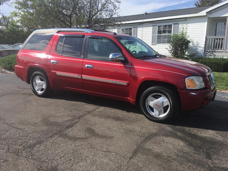 2004 GMC Envoy XUV for sale at Paramount Motors in Taylor MI