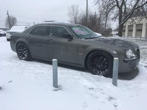 2009 Chrysler 300 for sale at Paramount Motors in Taylor MI