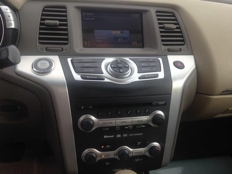 2009 Nissan Murano for sale at Paramount Motors in Taylor MI