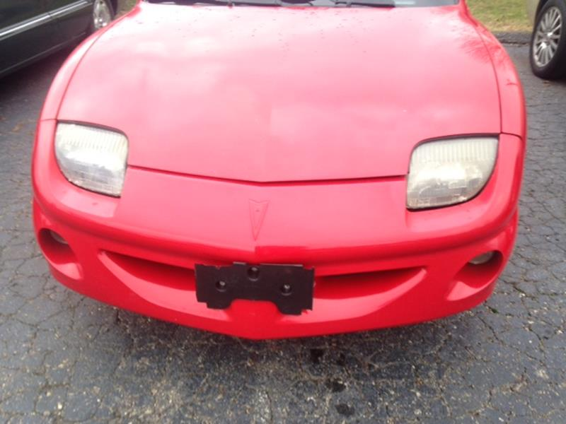 1996 Pontiac Sunfire for sale at Paramount Motors in Taylor MI