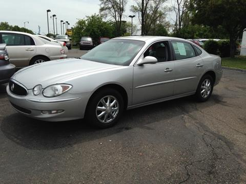 2006 Buick LaCrosse for sale at Paramount Motors in Taylor MI