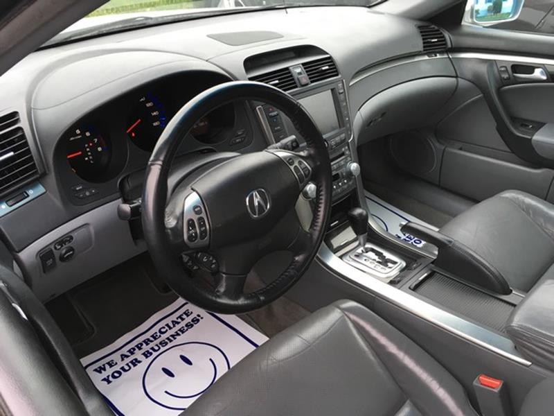 2006 Acura TL for sale at Paramount Motors in Taylor MI