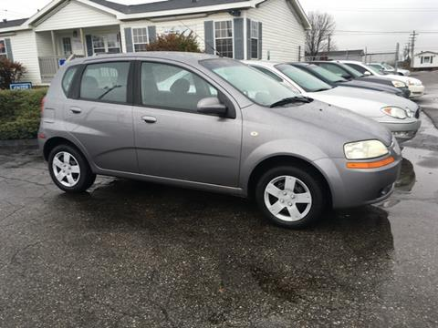 2006 Chevrolet Aveo for sale at Paramount Motors in Taylor MI