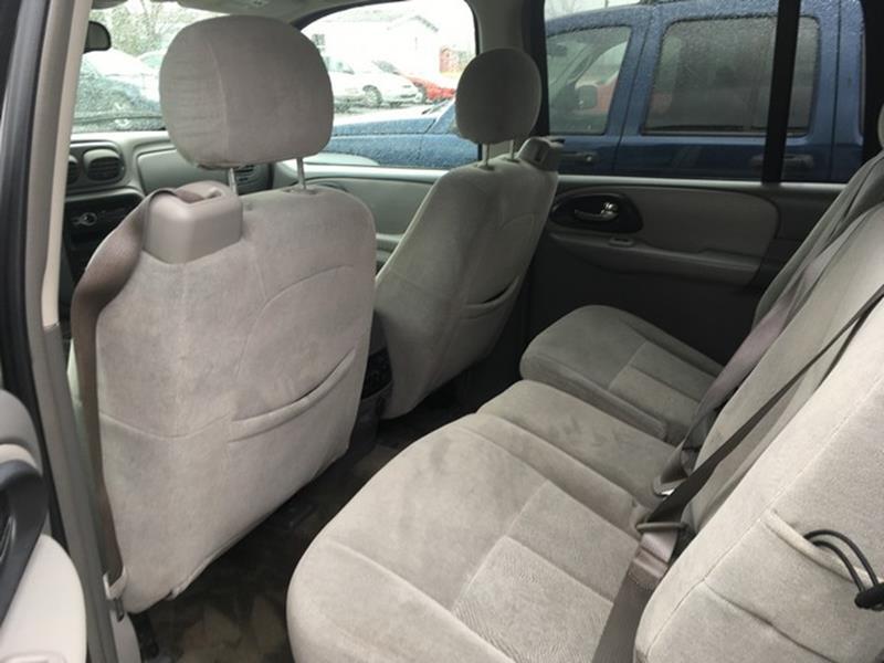 2005 Chevrolet TrailBlazer EXT for sale at Paramount Motors in Taylor MI