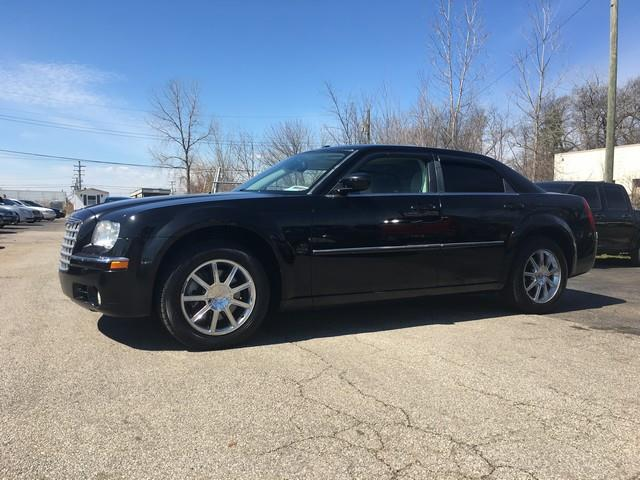 2008 CHRYSLER 300 LIMITED AWD 4DR SEDAN black leather interior moon roof v6 awd call now for