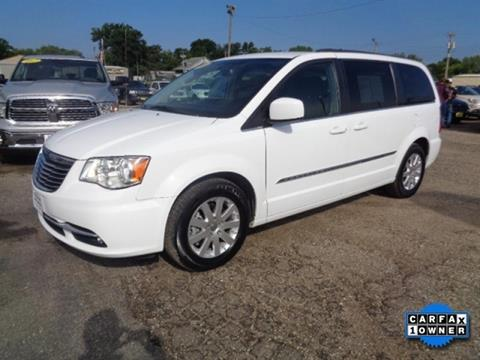 2016 Chrysler Town and Country for sale in Algona, IA