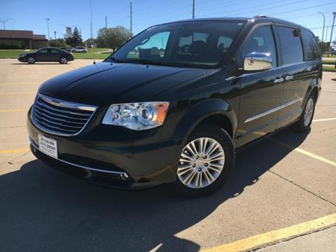 2013 Chrysler Town and Country for sale in Le Mars, IA