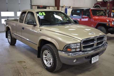 on 2003 Dodge Dakota Quad Cab Bed