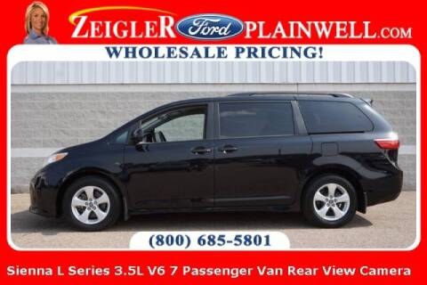 2019 Toyota Sienna for sale at Zeigler Ford of Plainwell- michael davis in Plainwell MI
