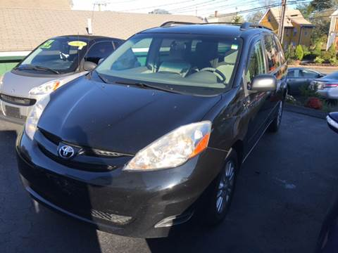 2008 Toyota Sienna for sale in New London, CT